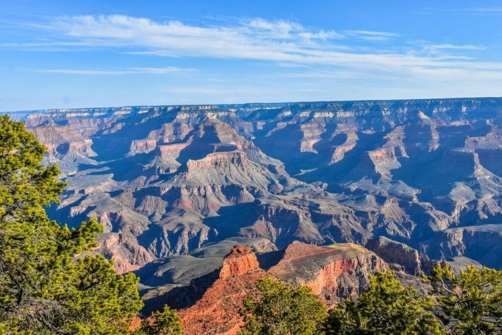 A image of the the grand canyon in the early morning light.