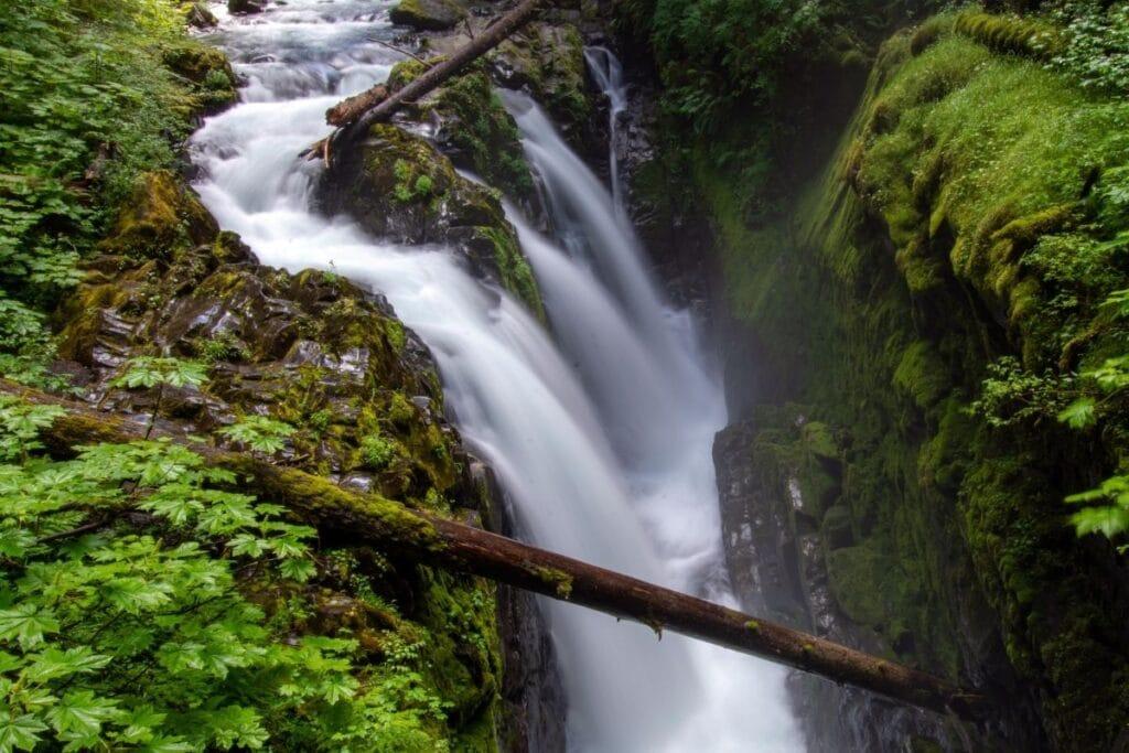 The cascades parts of the Sol Duc Falls